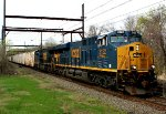 CSX 3122, 690 on late Q140 juice train